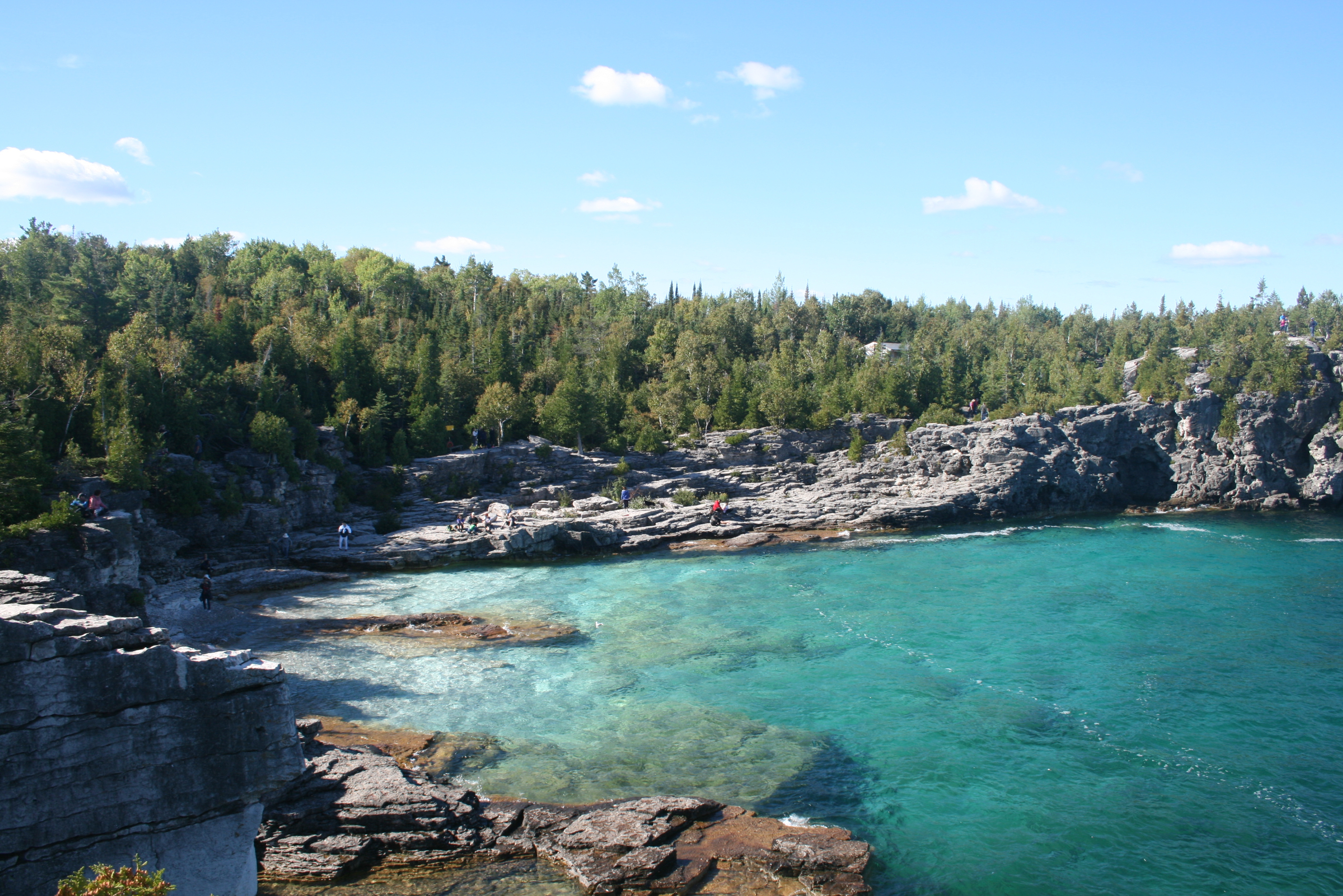the grotto tobermory ontario.