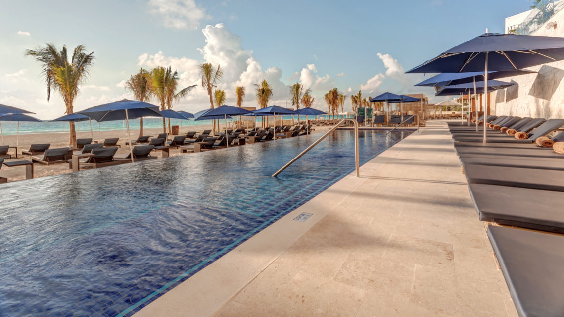 Roytalton Suites Cancun